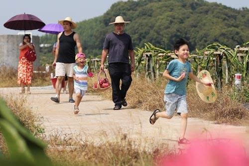 廣西欽州:快樂休閒過長假