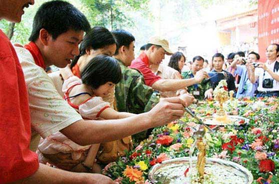 浴佛潑水旅遊文化節