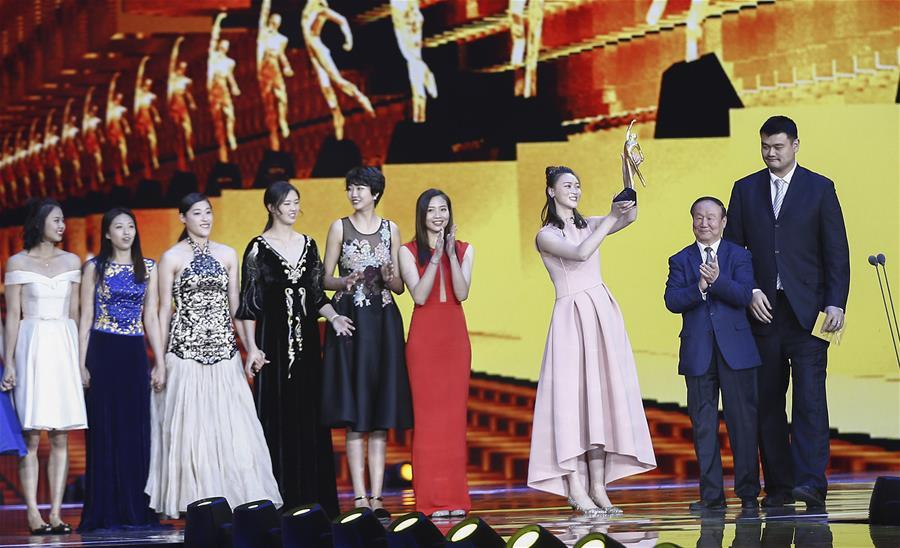 2016體壇風雲人物:中國女排獲得年度最佳團隊獎