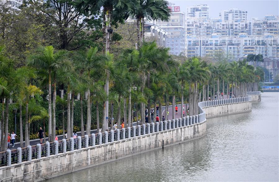 全民健身——廣西南寧:環湖步道好健身