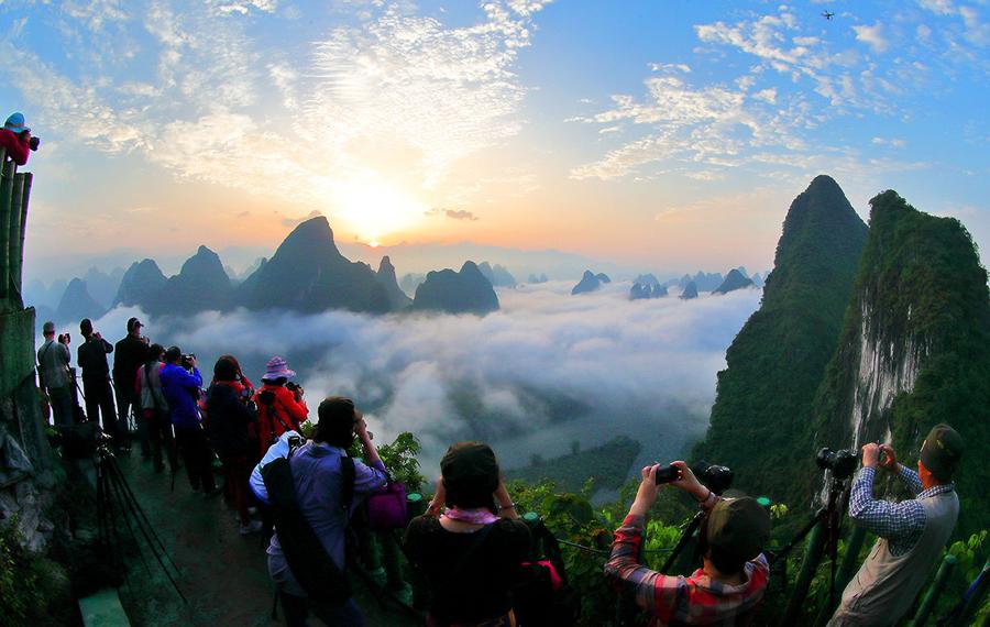 農行桂林分行支持高端定制旅遊推進桂林全域旅遊