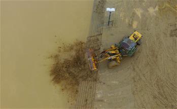 廣西融安:洪水過後忙清淤