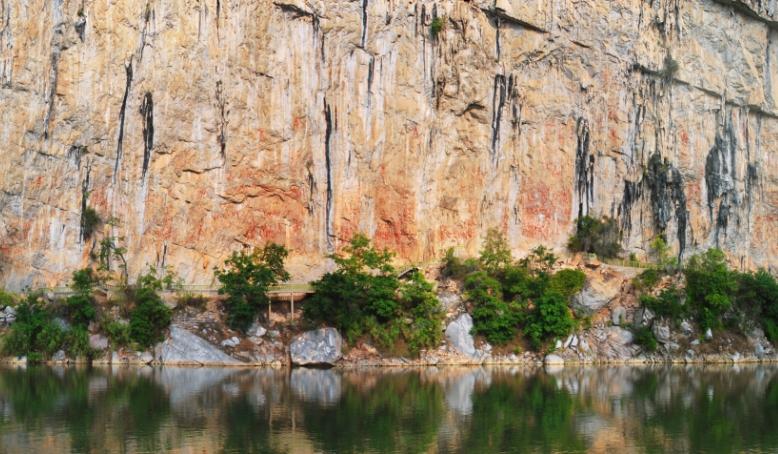 花山岩畫:千古壯鄉韻 喜迎四方賓