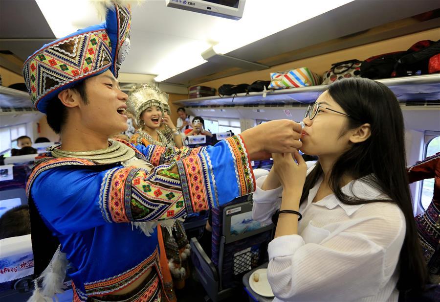 广西启动高铁旅游助力乡村振兴品牌推广工程