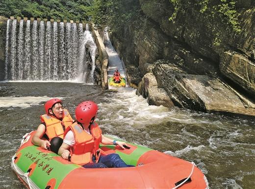 武鳴區兩江鎮依托資源大力發展旅遊業