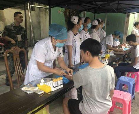 右江區近500名青年進入徵兵總檢