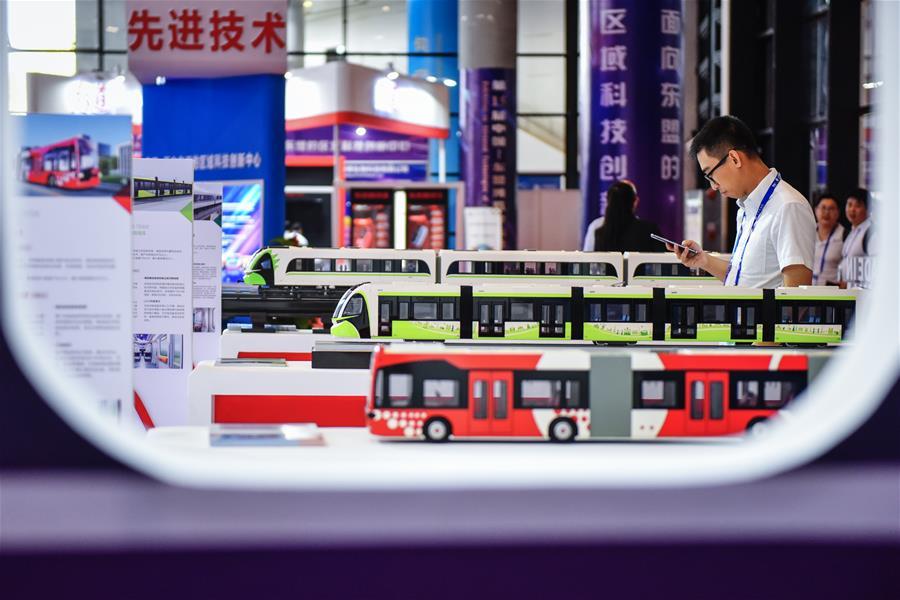 (中国-东盟博览会)博览会上的高科技产品