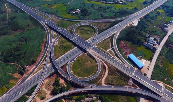 廣西吳圩至大塘高速公路將于11月底通車
