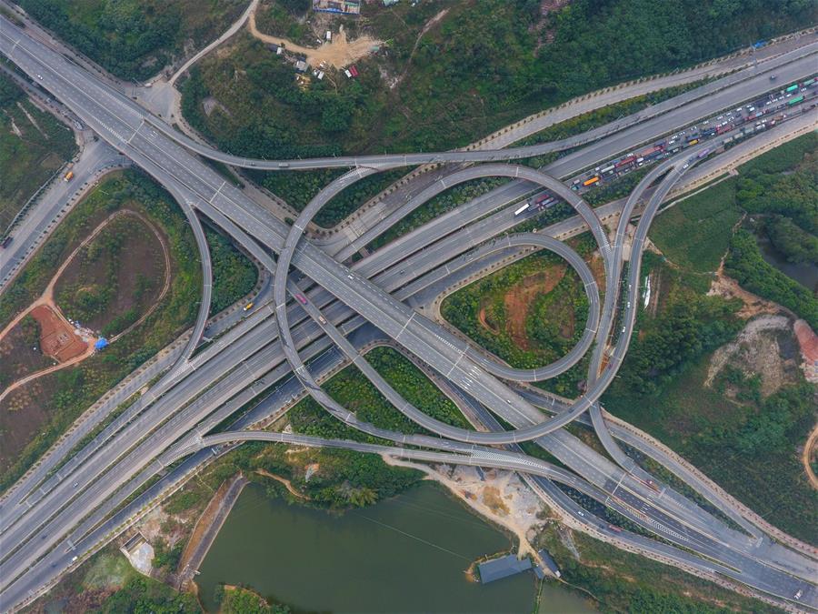 立體交通向東盟