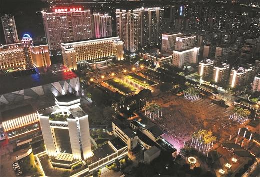 梧州:建築與燈光交相輝映