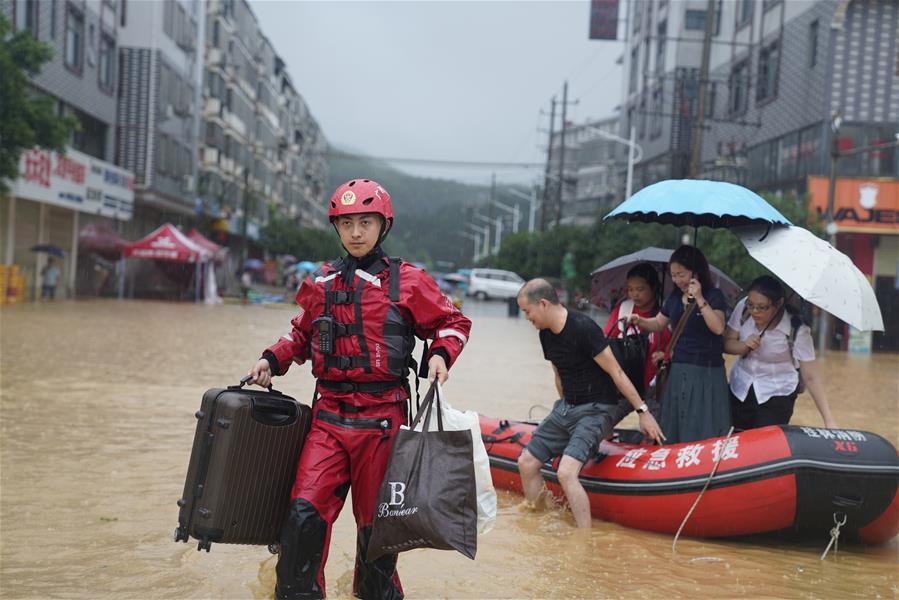 廣西新一輪強降雨影響桂北 永福縣2萬多人受災