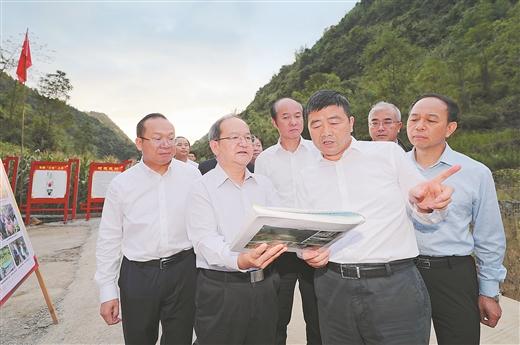 鹿心社深入忻城合山調研