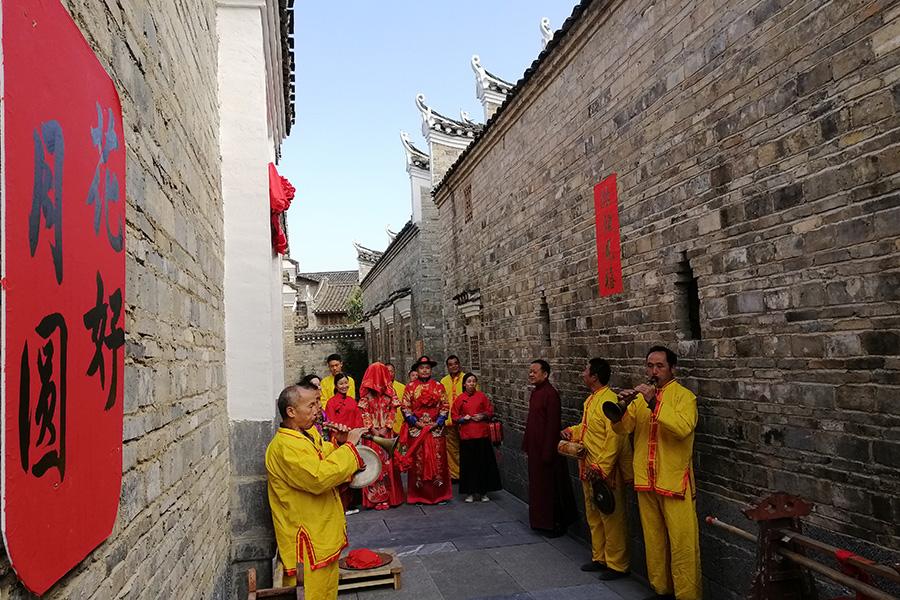 桂林漓水人家的婚嫁習俗表演