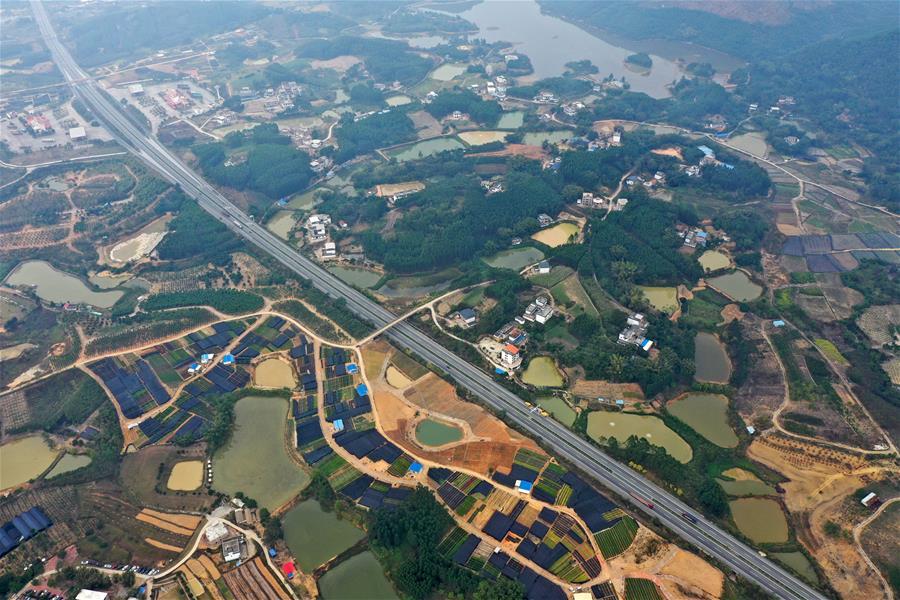 廣西南寧:美麗田園路縱橫
