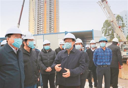 陳武檢查邕武醫院擴建工程並召開工作推進會