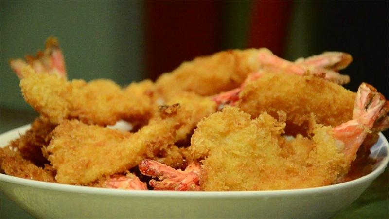 宅(zhai)家美食 三分鐘教你做黃金吐司香(xiang)酥(su)蝦