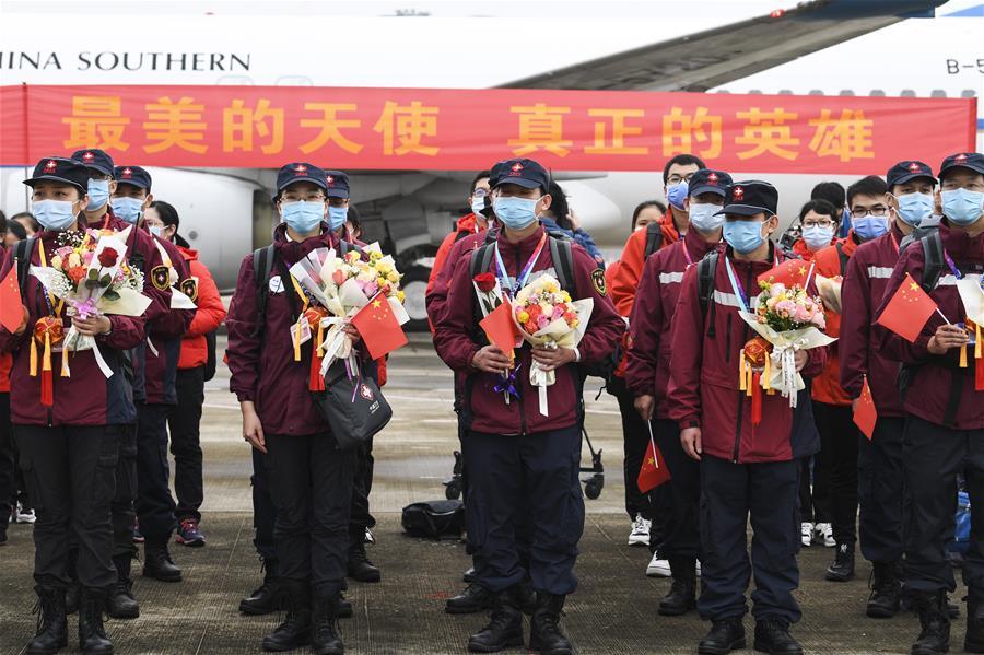 廣西支援湖北醫療隊第二批返回人員抵達南寧