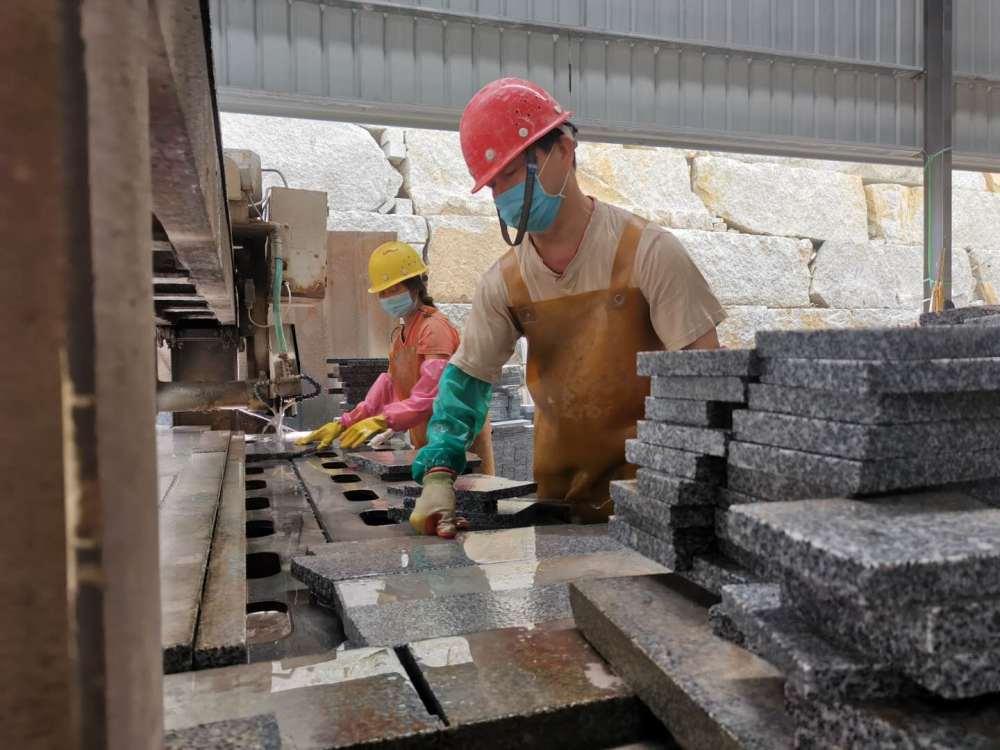 廣西岑溪:石材産業升級助力脫貧攻堅