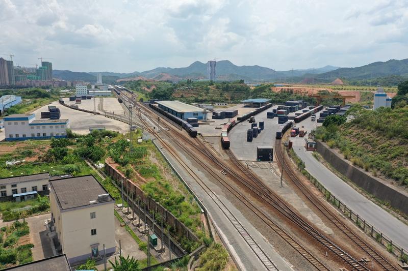 梧州鐵路東貨場改擴建完工投入使用