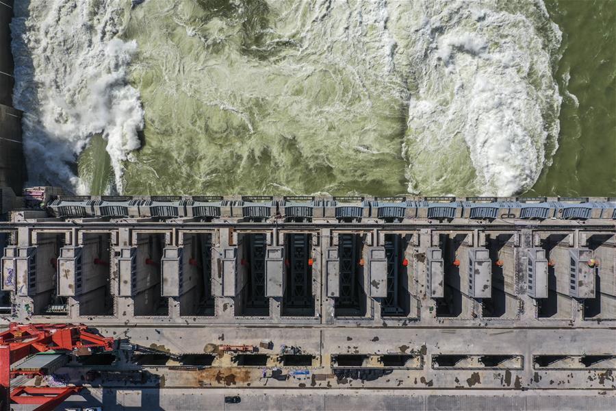 廣西大藤峽水利樞紐左岸工程全面投産運行