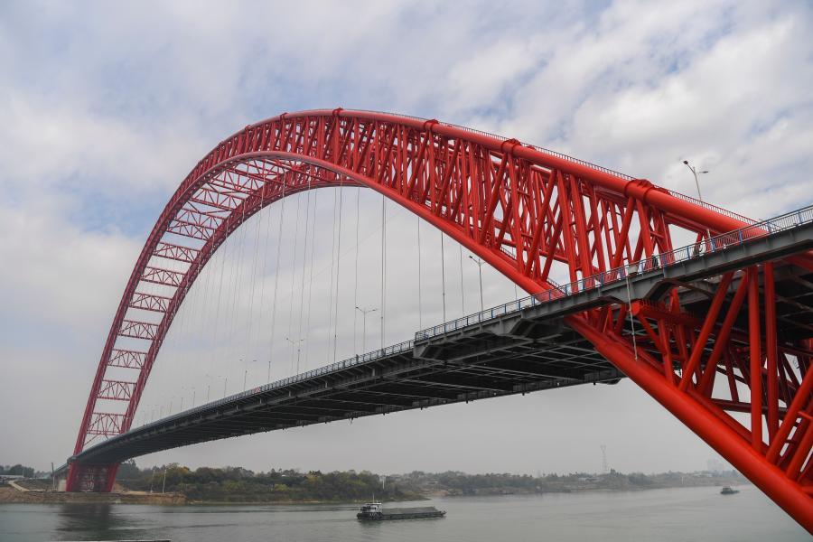 廣西平南三橋建成通車