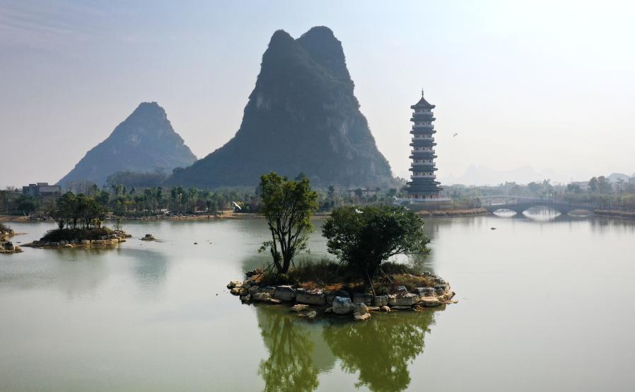 廣西柳江:昔日水塘變身生態公園