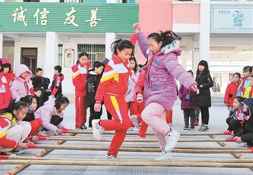 靖西市大力開展民族傳統體育進校園活動