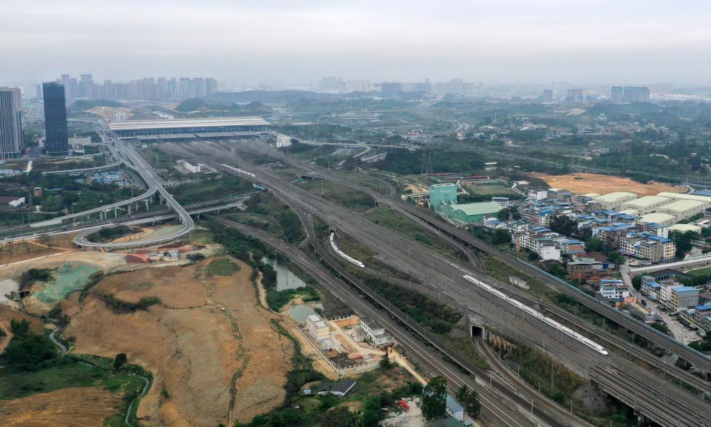廣西:清明假期增加運力