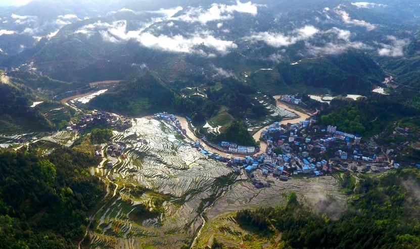 鏡觀中國丨秀甲天下 和美壯鄉