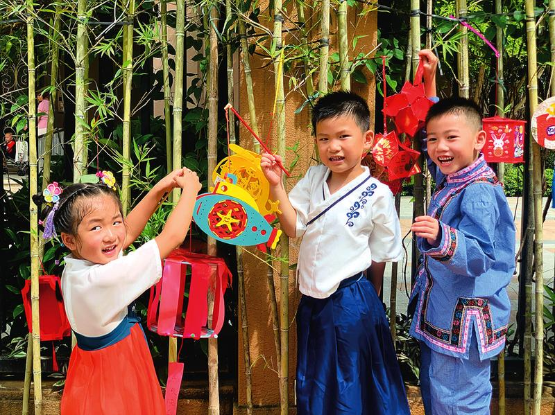 南寧市各中小學開展豐富多彩活動迎中秋,傳承中國傳統文化