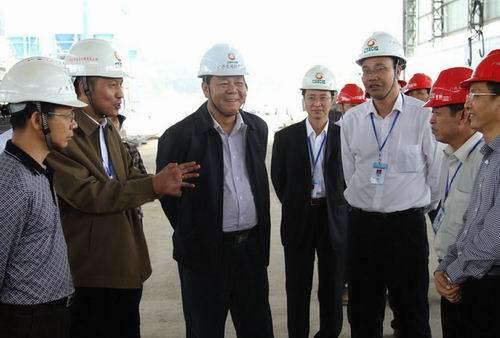 余昌文率隊到柳武高速公路項目檢查指導工作